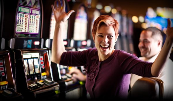 how to win more playing online pokies